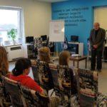 Zdjęcie ze spotkania z profesorem Zdzisławem Adamczykiem
