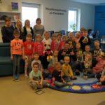 Akcja Cała Polska Czyta Dzieciom w bibliotece - czyta Krystian Grad